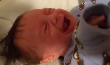 stop-colic-crying-with-a-hair-dryer-youtube