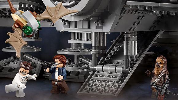 lego-new-ucs-millennium-falcon-mynock