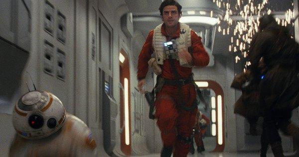 Star-Wars-8-Poe-Dameron-Details-Oscar-Isaac